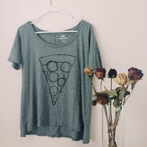 Old Navy graphic tee pizza design